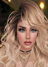 LadyFoxxie Display Picture